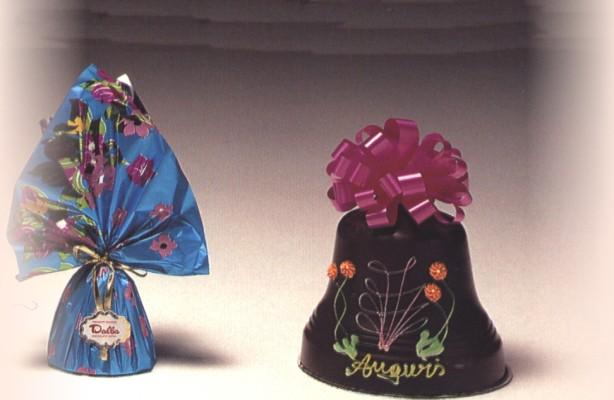 Art 100 Campana cioccolato Decorata gr.1000 –  Art.095 Campana cioccolato gr.300