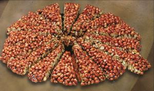 torta crocc. arachidi kg.1,600 12 fette