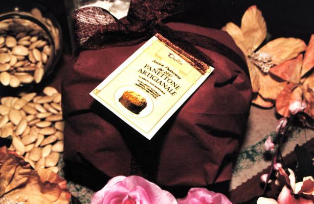 Art. 426 Panettone Tradizionale Lievito naturale incarto a pacco TNT