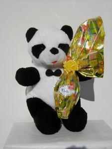 Art.718 uovo cioccolato panda dolciaria dalba