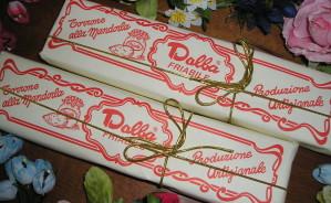 Art. 868 Torrone friabile gr.200 incarto    lusso cordoncino dorato
