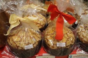 panettone -frutta- assortita -cellof-natale