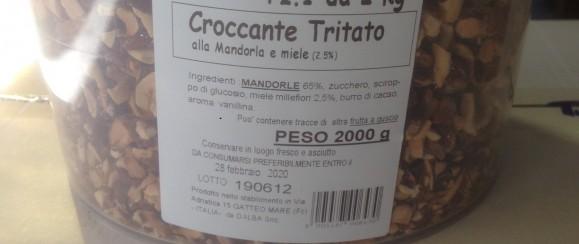 Art. 643  bidone  croccante mandorla tritato g 2000