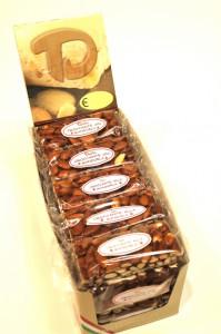 croccante - mandorle - natale - dolciumi - dolciaria - dalba